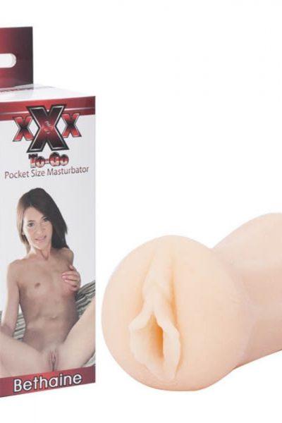Masturbator XXX To-Go Bethaine